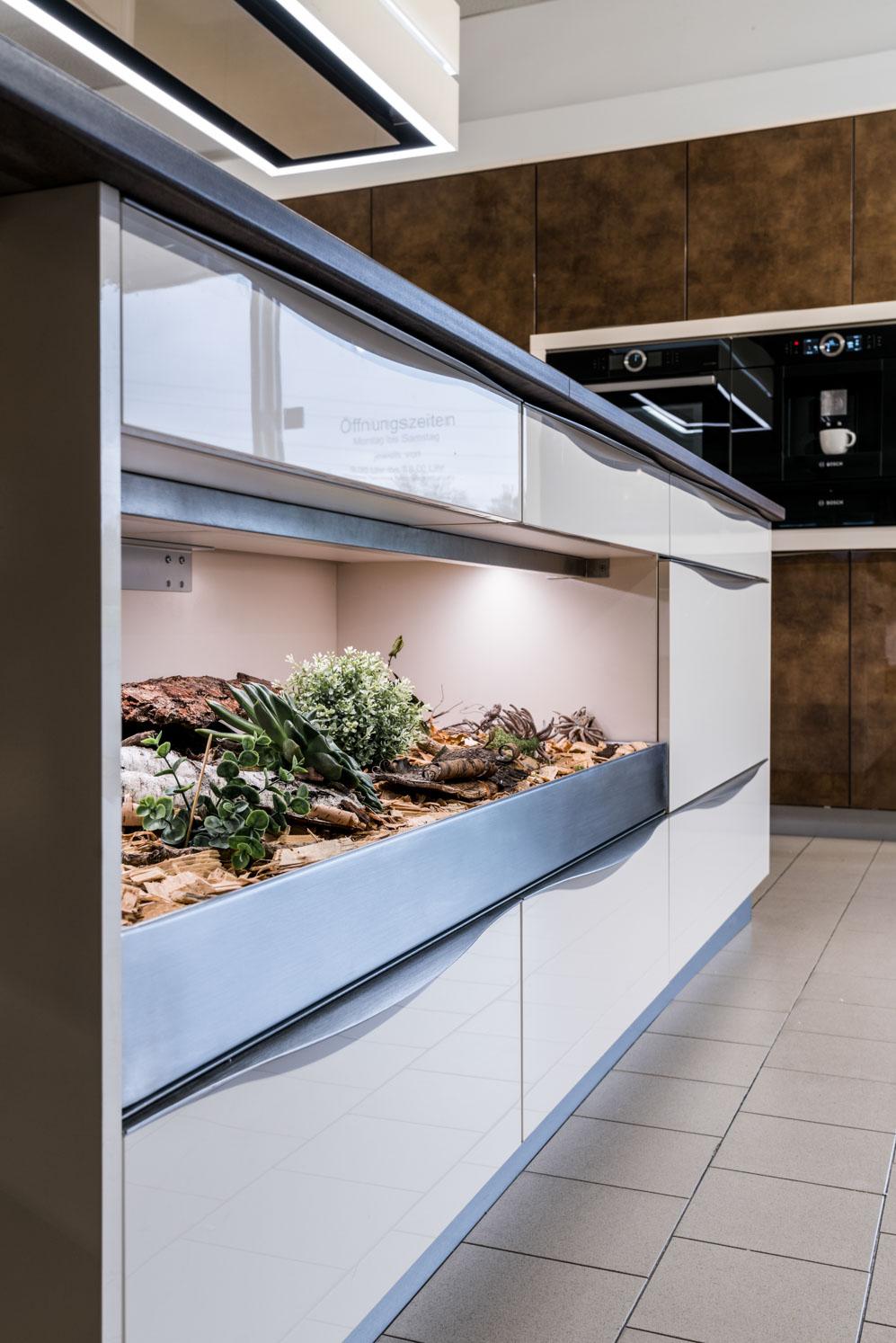 Weisser Küchenstudio Showroom Küchenschränke